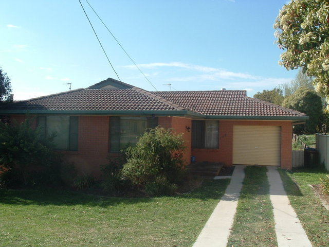 104 Oliver Street, Glen Innes NSW 2370