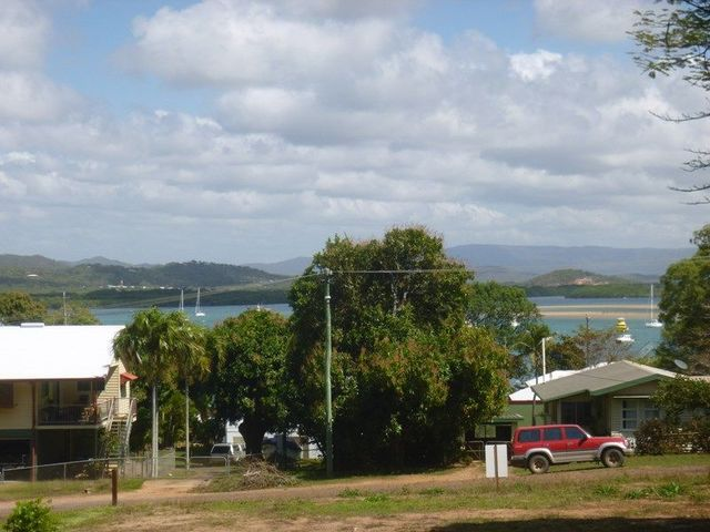 14 Flinders Street, Cooktown QLD 4895