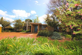 2 Mannell Place Griffith NSW 2680