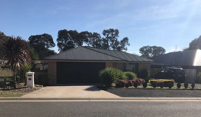 3 Jeffery Circuit, Tumut NSW 2720