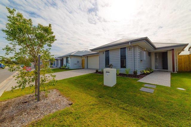 15 Milman St, QLD 4505
