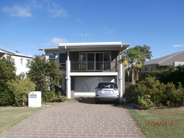 13 Lachlan Drive, Wakerley QLD 4154