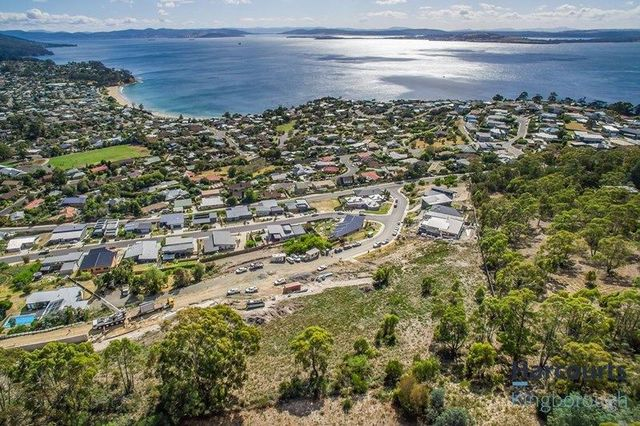 8 Lots Bluebush Crescent, TAS 7052