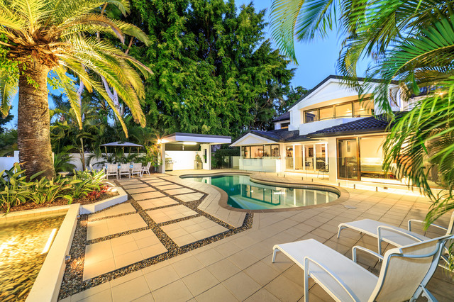 338 Monaco Street, Broadbeach Waters QLD 4218