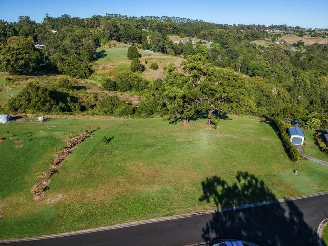 35 Lincoln Ave, Mcleans Ridges NSW 2480