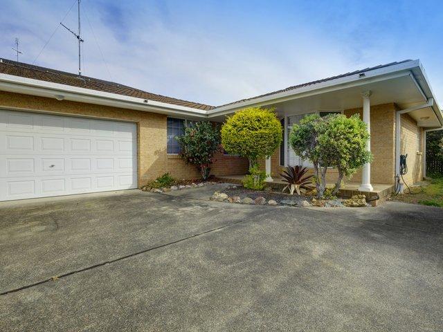 Villa 2/6 Bay Street, Tuncurry NSW 2428