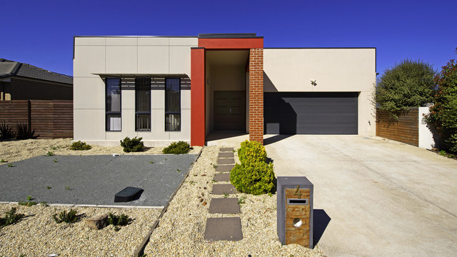 4 Mantle St, Forde ACT 2914