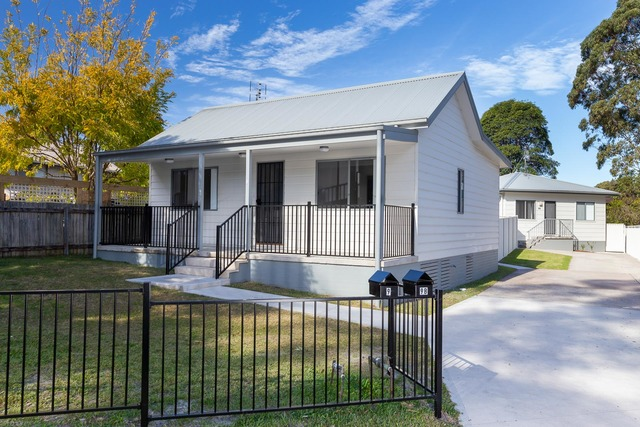 9 and 9b George Bass Drive, NSW 2536