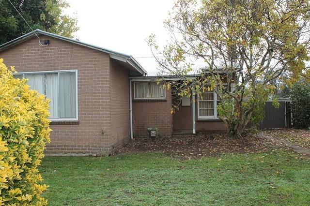 19 Kokoda Avenue, Hamilton VIC 3300