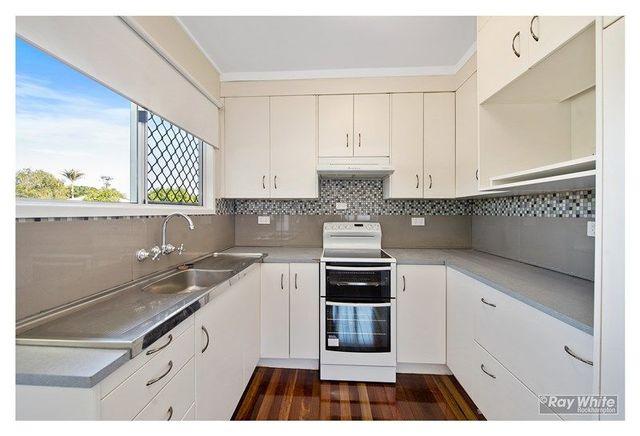 94 Dean Street, QLD 4701