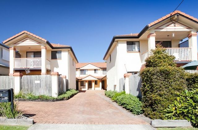 2/33 Hall Street, Chermside QLD 4032