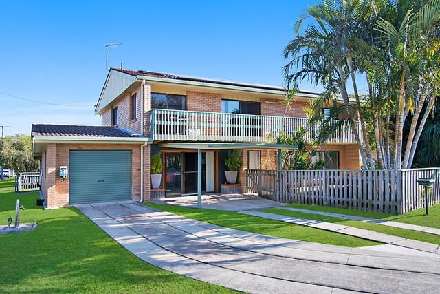 12 Susan Street, Yamba NSW 2464