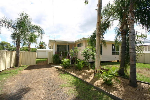 14 Carlow Drive, Dalby QLD 4405
