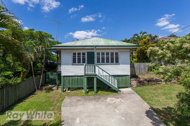 281 Chatsworth Road, Coorparoo QLD 4151