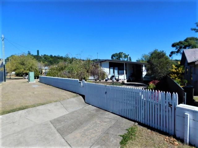 19 Chapman Street, Cooma NSW 2630
