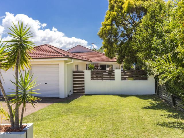 2/11 Monarch Crescent, NSW 2280