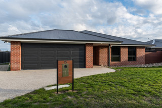 15 Gelnmore Drive