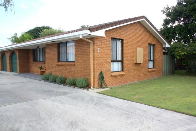 1/6 Roseland Avenue, Yamba NSW 2464