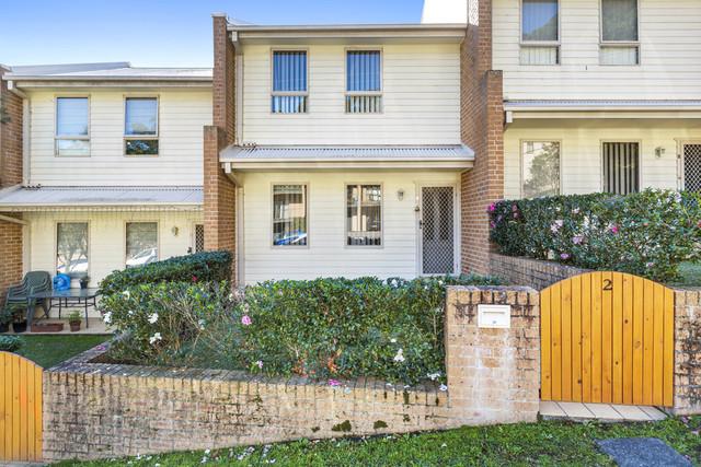 2/163 Gertrude Street, Gosford NSW 2250