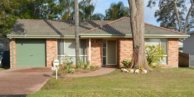 33 Murrumbong Road, Summerland Point NSW 2259