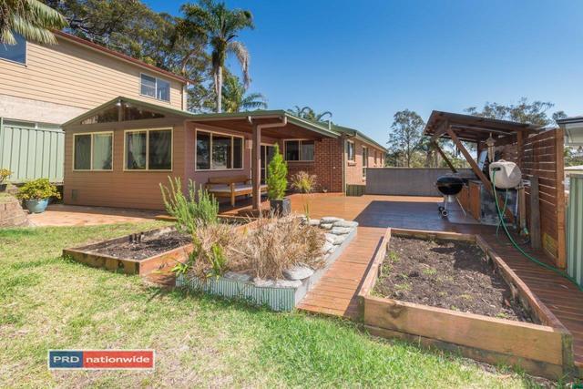 22 Ocean Beach Road, Shoal Bay NSW 2315