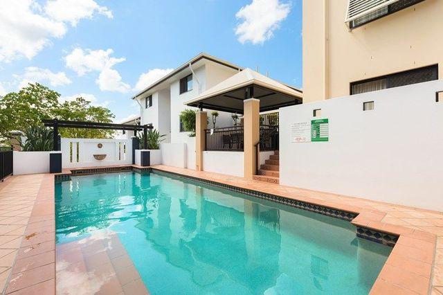 5/2 Saint Pauls Terrace, QLD 4000