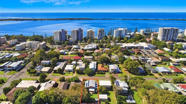 90 Palmer Av, Golden Beach QLD 4551