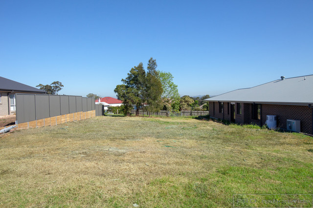 75 Laurie Drive, Raworth NSW 2321