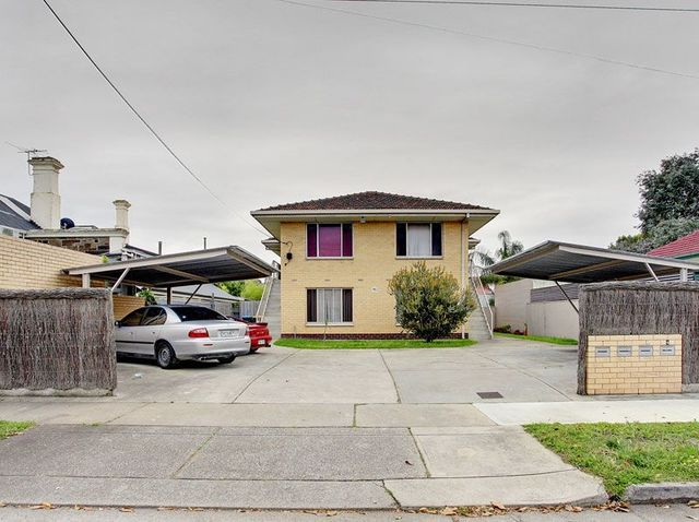 2/16 Russell Street, Rosewater SA 5013
