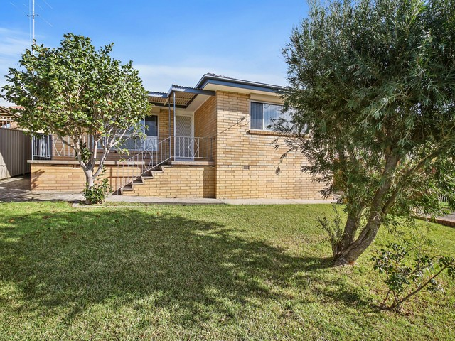 120 The Kingsway, Barrack Heights NSW 2528