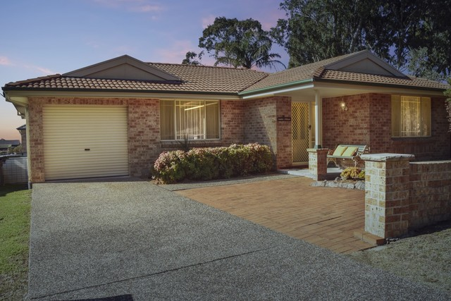 56 Hector McWilliam Drive, Tuross Head NSW 2537