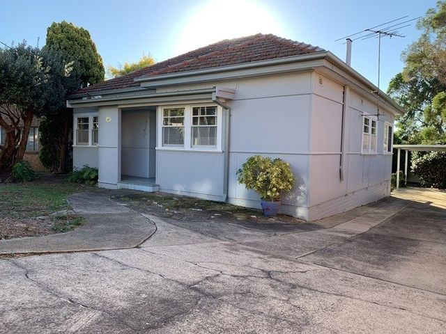 10 Matthew Street, NSW 2217
