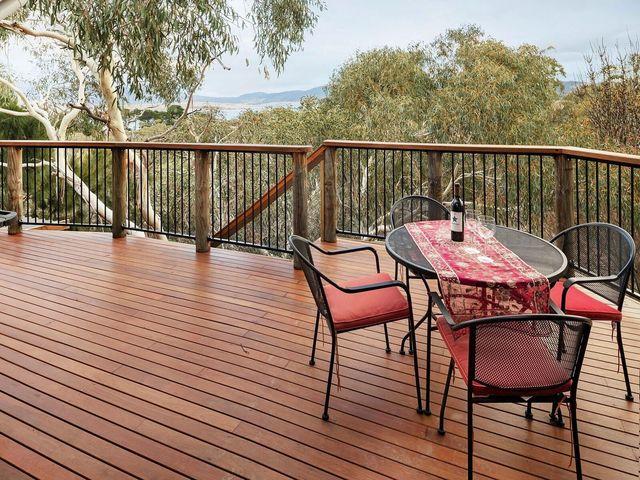 30 Candlebark Cct, Jindabyne NSW 2627