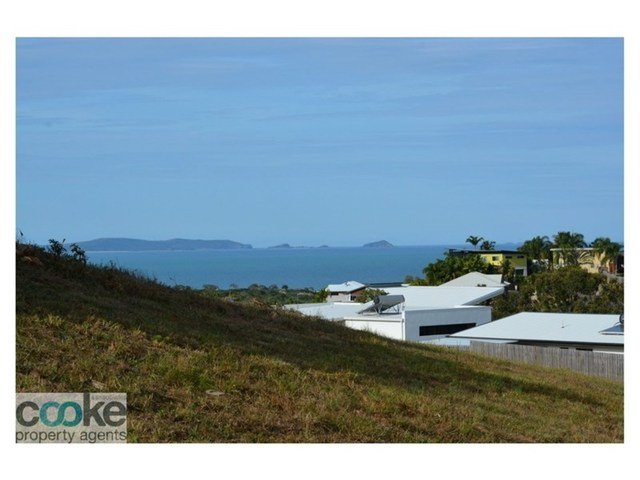 10 Cook Avenue, Pacific Heights QLD 4703