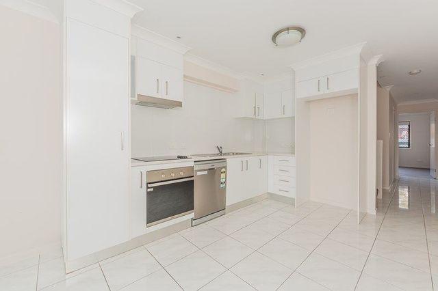 2/13 Walkers Road, Everton Hills QLD 4053