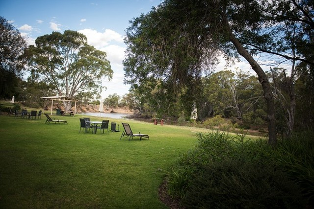 325 Perricoota Road, NSW 2731
