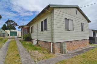 26 Finlay Avenue Lithgow NSW 2790