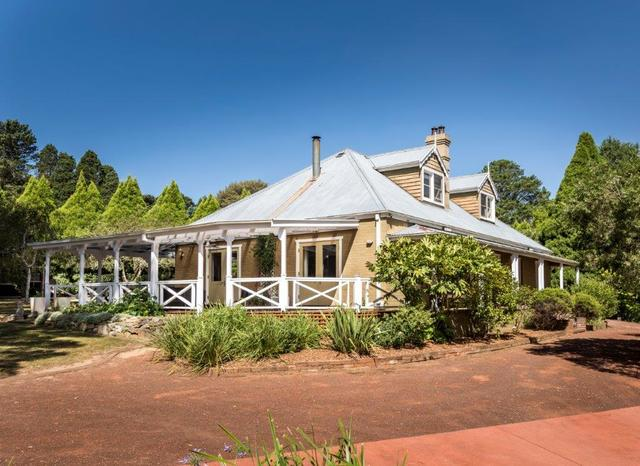 10 St Denis Close, NSW 2576