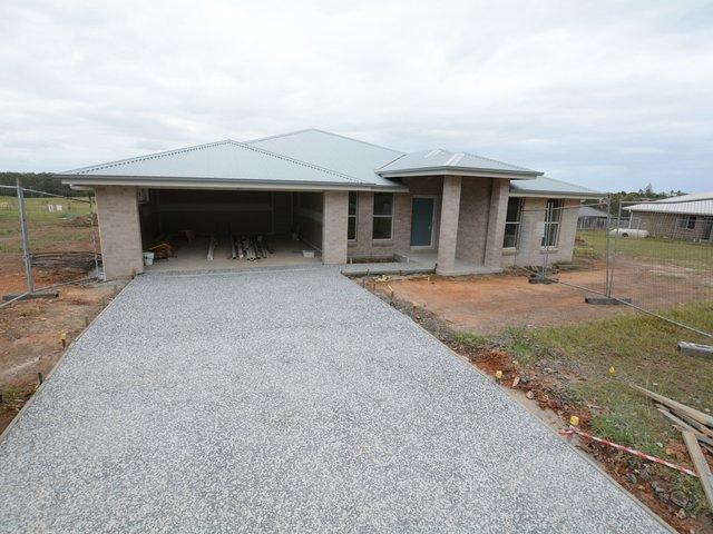 11 Ondaroo Crescent, NSW 2430