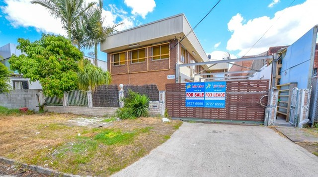 1 Gartmore Ave, NSW 2200