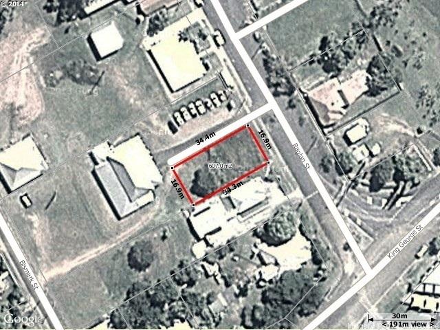 43 Raglan Street, Mount Larcom QLD 4695