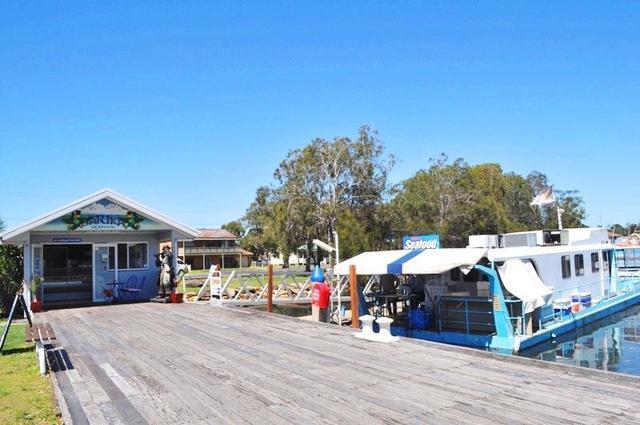 Sarika Seafood Yamba Road, Yamba NSW 2464