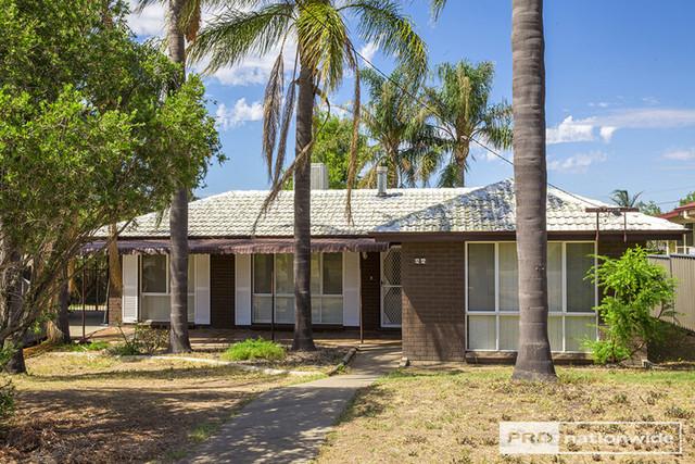 12 Carole Road, Kootingal NSW 2352