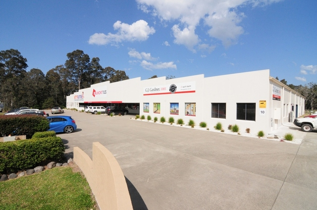 10 Central Avenue, South Nowra NSW 2541
