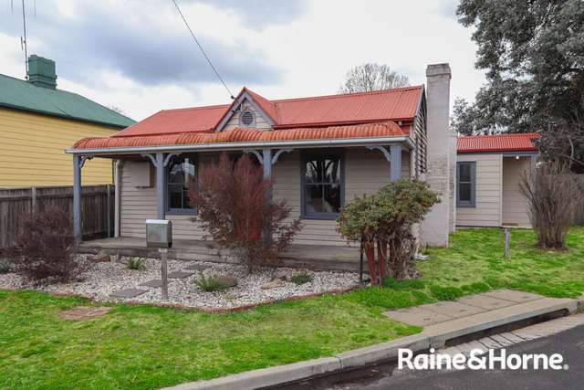 27 Bant Street, Bathurst NSW 2795