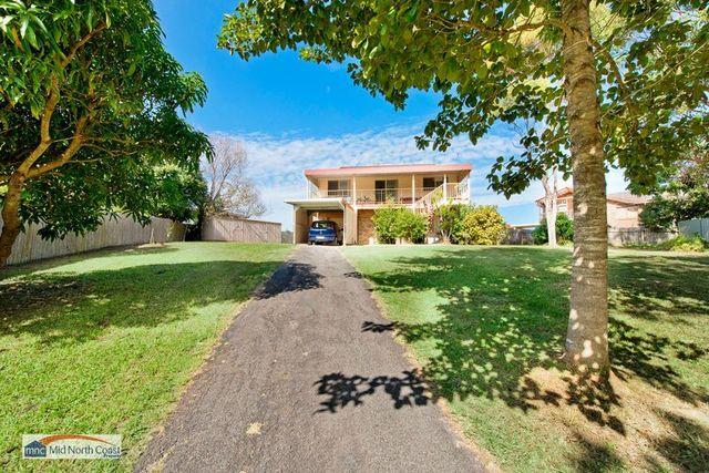 9 Talara Place, Lake Cathie NSW 2445
