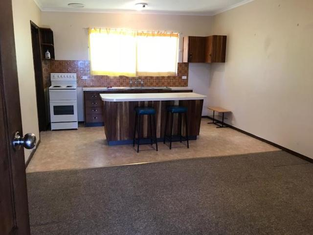 2/102 Nemarang Crescent, ACT 2611