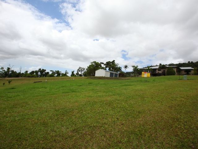 43 Pease Street, Tully QLD 4854