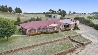 3879 Crookwell Road