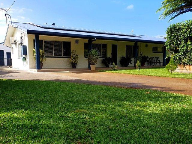 13 Andrews St, QLD 4871
